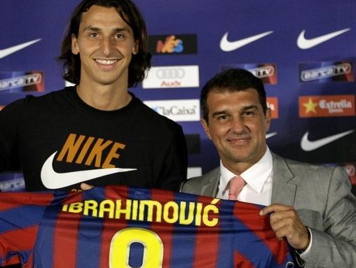 زلاتان ایبراهیموویچ در ازای اتوئو به بارسلونا پیوست
